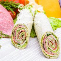 Сендвич-ролл с салями